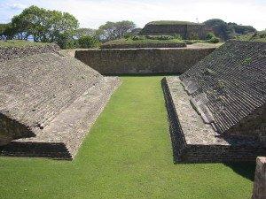 Campo de bola de Monte Alban, México.