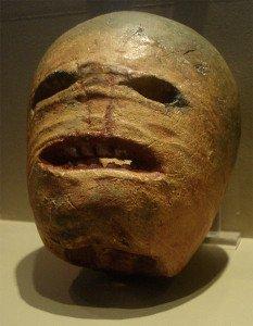Nabo esculpido usado durante o Halloween