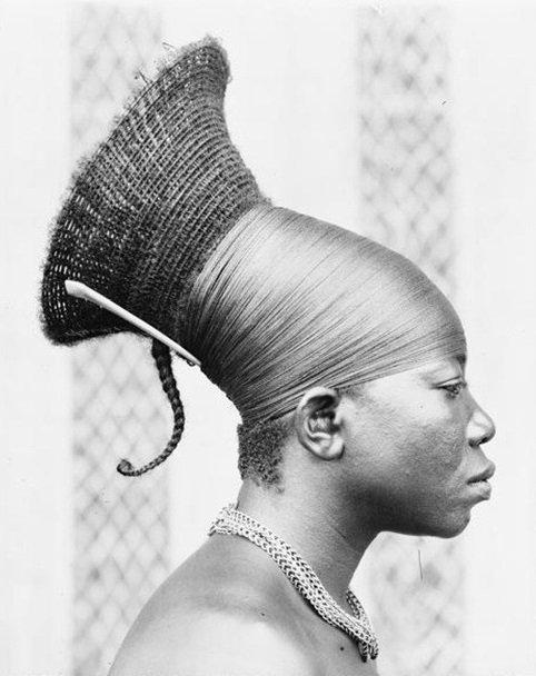 Mulher mangbetu, Republica democrática do Congo.