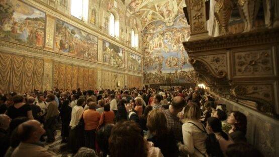 Capela Sistina com turistas