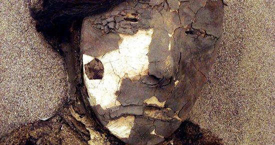 Múmia de mulher Chinchorro.