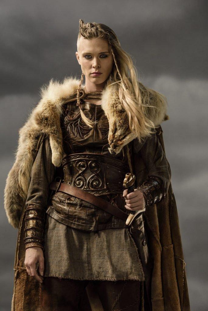 Mulher viking guerreira, personagem fictícia.