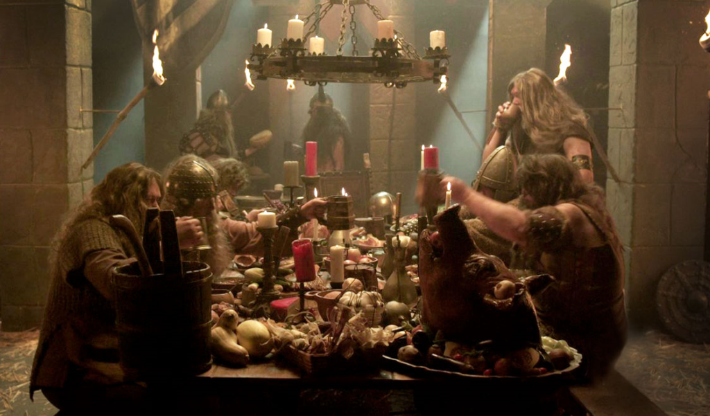 "Cena de banquete da série ""Vikings"", do History Channel"