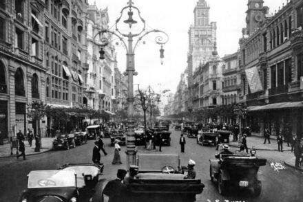 Avenida Rio Branco, 1920, RJ.