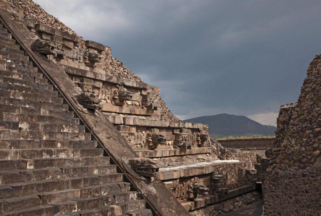 Pirâmide de Quetzalcoatl