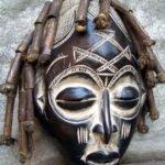 Máscara Africanas Chokwe, de Angola e República Democrática do Congo.