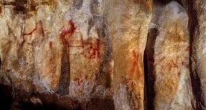 Figura em forma de escada feita por Neanderthal