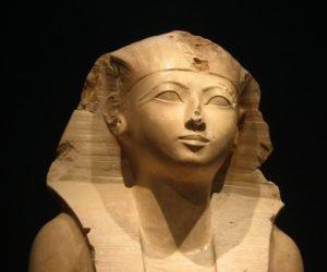 Estátua de Hatshepsut