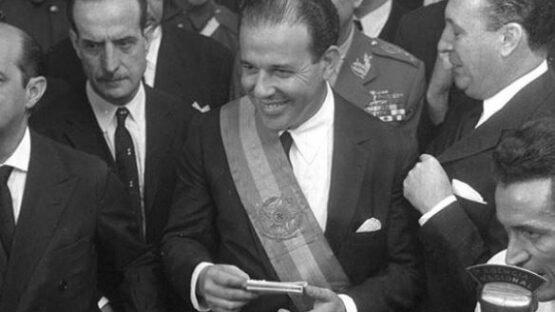 oão Goulart assumiu a presidência tendo por primeiro-ministro Tancredo Neves, do PSD de Minas Gerais, ex-ministro do governo Vargas.