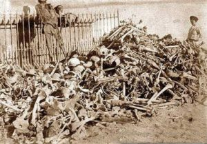 Restos humanos exumados da Guerra do Pacifico