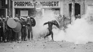 Gás lacrimogêneo, Paris 1968